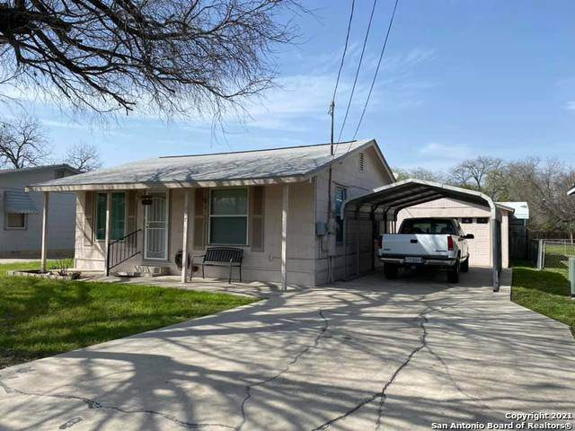 667 W Pyron Ave, San Antonio, TX 78221 (MLS #1525235) :: Carolina Garcia Real Estate Group