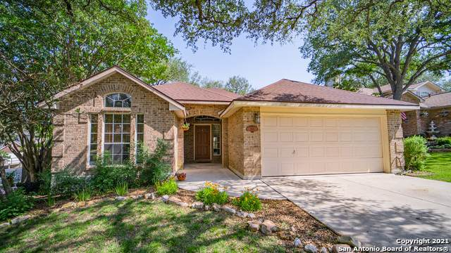 1104 Berry Park, Schertz, TX 78154 (MLS #1525262) :: The Lugo Group