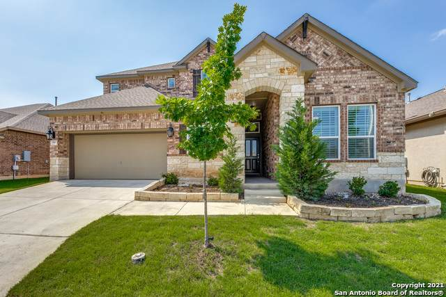 920 Beechwood Ln, New Braunfels, TX 78130 (MLS #1525268) :: The Gradiz Group