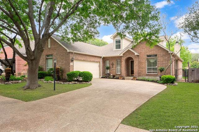 2403 Brighton Oaks, San Antonio, TX 78231 (MLS #1525295) :: The Real Estate Jesus Team
