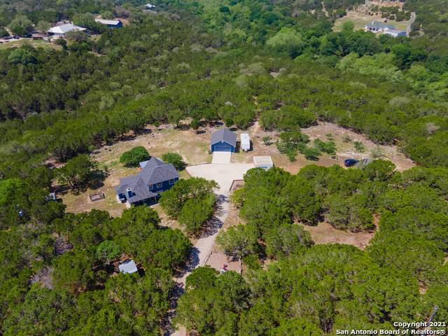 228 Highland Woods, Boerne, TX 78006 (MLS #1525314) :: Beth Ann Falcon Real Estate