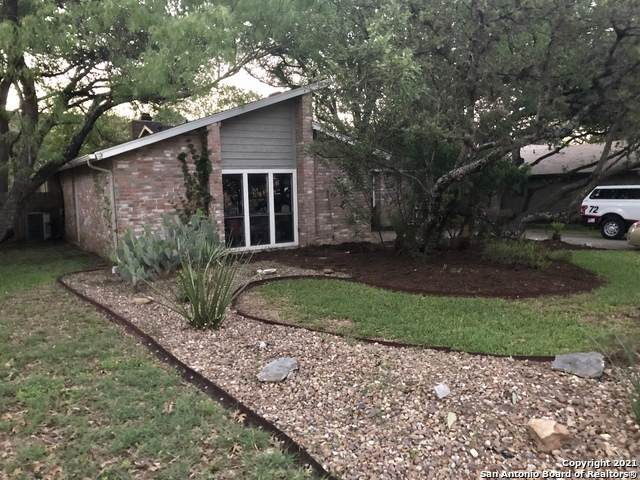 13826 E Hillside Dr, San Antonio, TX 78249 (#1525317) :: The Perry Henderson Group at Berkshire Hathaway Texas Realty