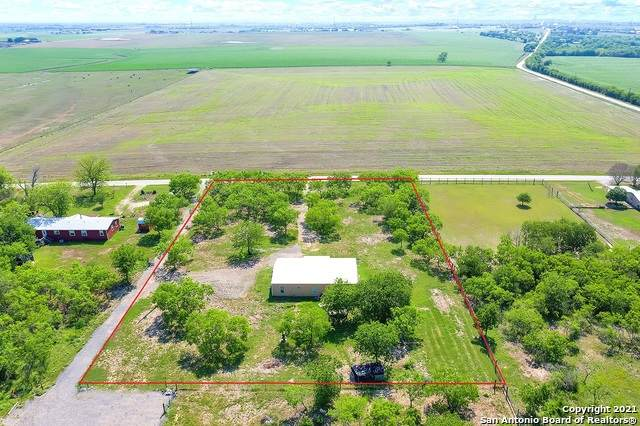 1029 Nickerson Farms Rd, Seguin, TX 78155 (MLS #1525325) :: The Glover Homes & Land Group
