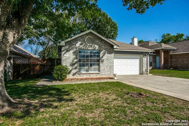 5838 Spring Cabin, San Antonio, TX 78247 (MLS #1525361) :: 2Halls Property Team | Berkshire Hathaway HomeServices PenFed Realty