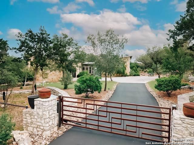 6 Mcfaddin, San Antonio, TX 78261 (MLS #1525419) :: The Real Estate Jesus Team