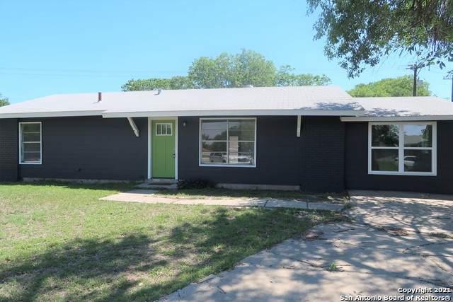 7318 Westlyn Dr, San Antonio, TX 78227 (MLS #1525589) :: Keller Williams Heritage