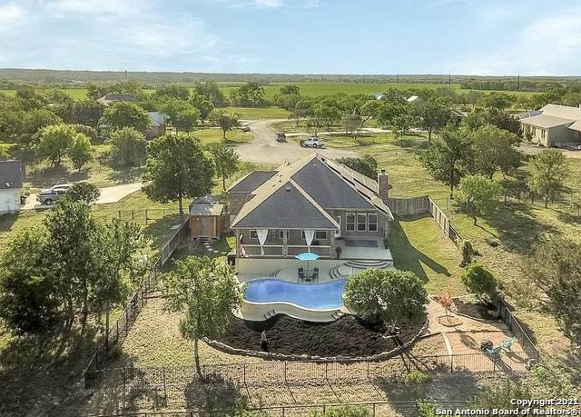346 Private Road 4703, Castroville, TX 78009 (MLS #1525597) :: Tom White Group