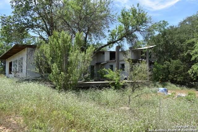 7235 Payne Rd, Somerset, TX 78069 (MLS #1525610) :: Carolina Garcia Real Estate Group