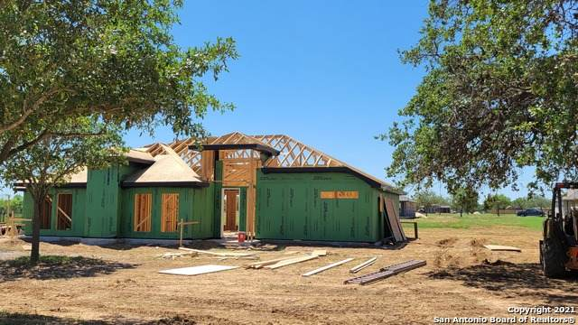 132 W Short Meadow Drive, Lytle, TX 78052 (MLS #1525688) :: The Gradiz Group