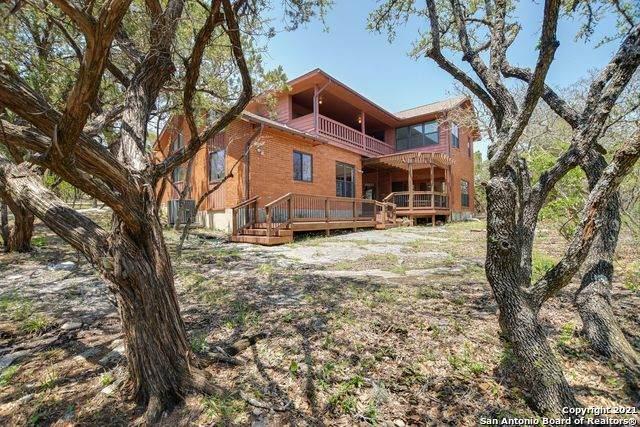 15306 Seven L Trail, Helotes, TX 78023 (MLS #1525723) :: Beth Ann Falcon Real Estate