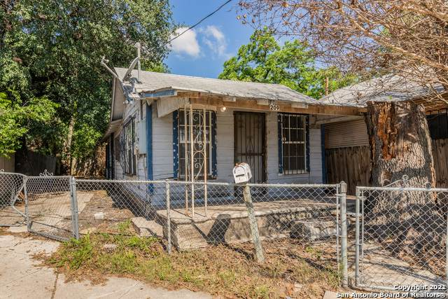 209 Frio City Rd, San Antonio, TX 78207 (MLS #1525725) :: The Gradiz Group