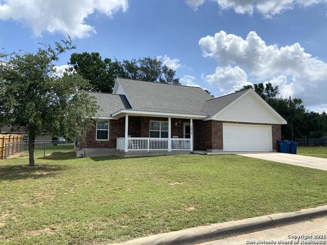 1015 Verbena Loop, Floresville, TX 78114 (MLS #1525736) :: Exquisite Properties, LLC