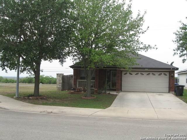 7639 Freedom Acres, San Antonio, TX 78242 (MLS #1525825) :: JP & Associates Realtors
