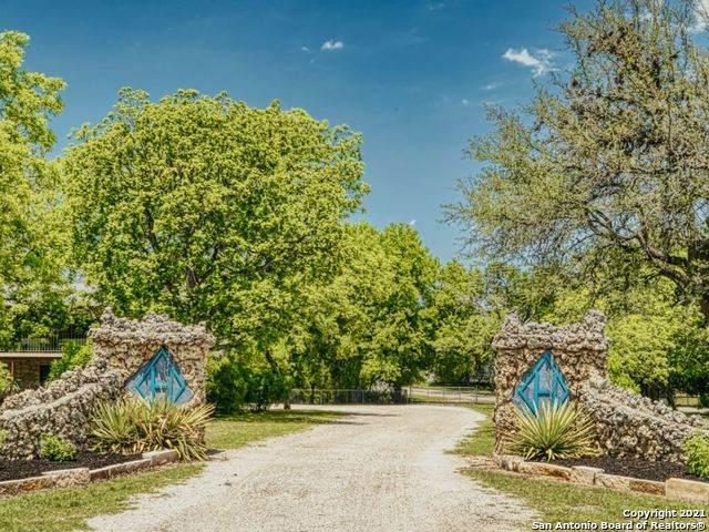 5322 State Highway 16 N, Bandera, TX 78003 (MLS #1525847) :: Beth Ann Falcon Real Estate
