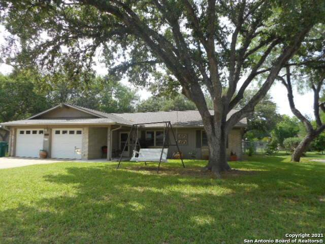 309 Nicolet Ave, Jourdanton, TX 78026 (MLS #1525919) :: The Rise Property Group