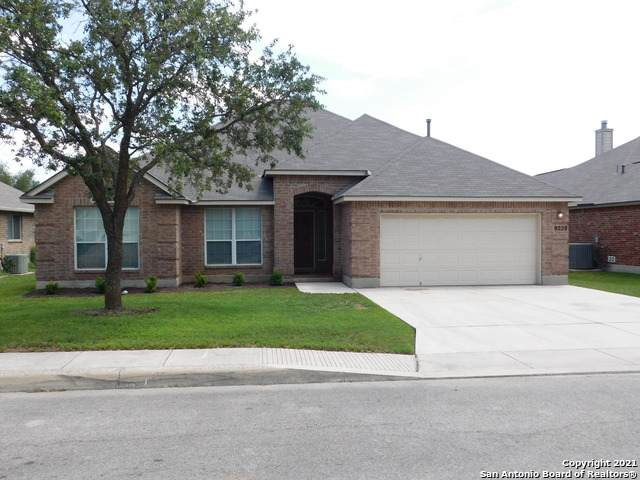 9228 Larsons Ln, Helotes, TX 78023 (MLS #1525957) :: Beth Ann Falcon Real Estate