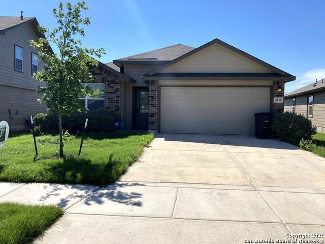 3919 Espada Falls, San Antonio, TX 78222 (MLS #1525960) :: Beth Ann Falcon Real Estate