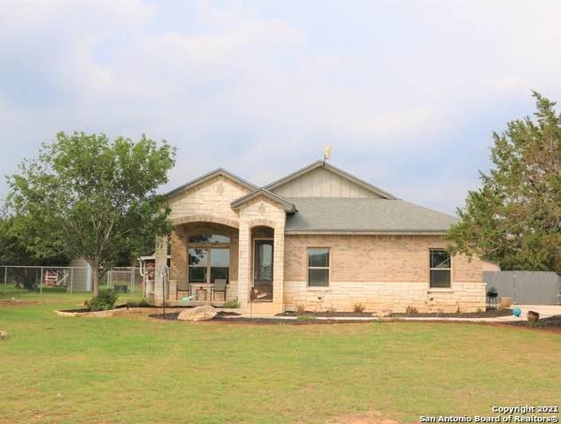 377 Park Rd, Bandera, TX 78003 (MLS #1525982) :: Tom White Group