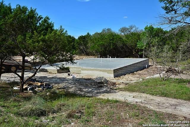 546 Cedar Shores, Canyon Lake, TX 78133 (MLS #1526016) :: 2Halls Property Team | Berkshire Hathaway HomeServices PenFed Realty