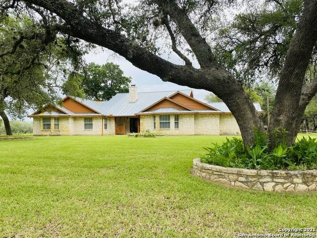 2112 Eichman Rd, Poteet, TX 78065 (MLS #1526170) :: The Mullen Group | RE/MAX Access