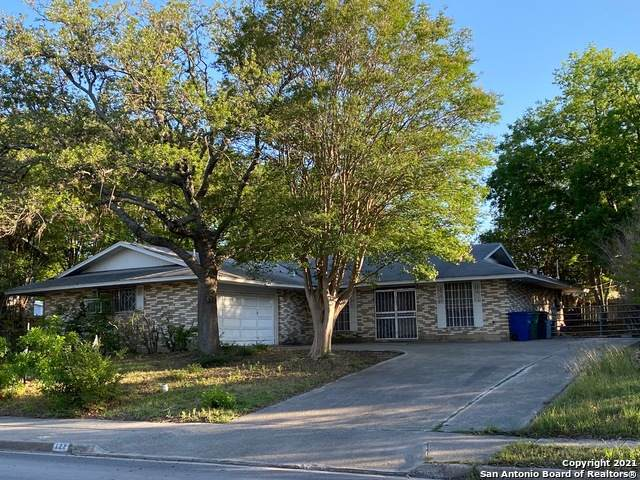 122 E Silver Sands Dr, San Antonio, TX 78216 (#1526238) :: The Perry Henderson Group at Berkshire Hathaway Texas Realty
