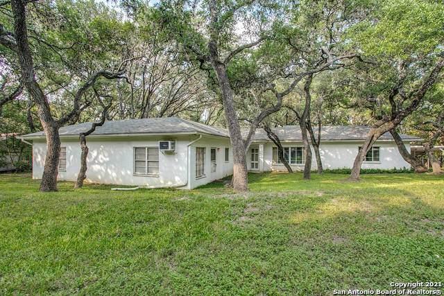 308 Fox Hall Lane, Castle Hills, TX 78213 (MLS #1526275) :: The Castillo Group