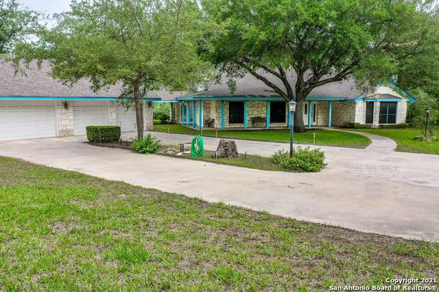 205 Sky View Dr, Adkins, TX 78101 (MLS #1526317) :: Exquisite Properties, LLC
