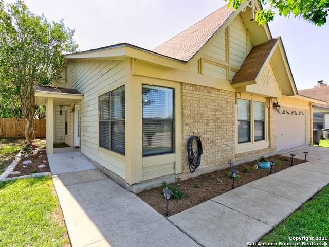 934 Fillmore Dr, San Antonio, TX 78245 (MLS #1526360) :: Tom White Group
