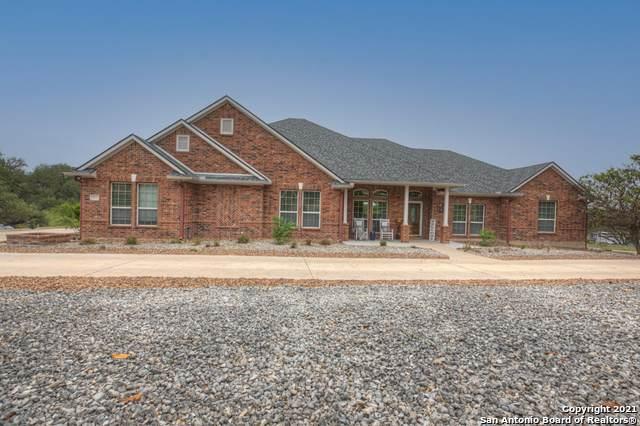 107 Iron Horse, New Braunfels, TX 78132 (MLS #1526394) :: Carolina Garcia Real Estate Group
