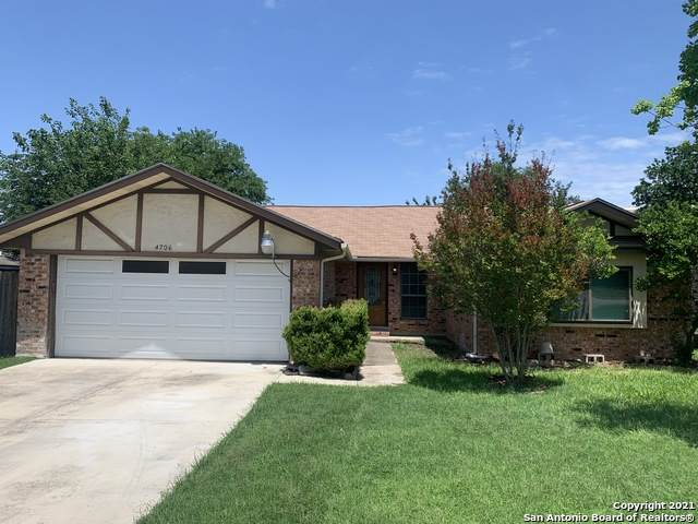 4706 Wedgewood Dr, Schertz, TX 78108 (MLS #1526466) :: 2Halls Property Team | Berkshire Hathaway HomeServices PenFed Realty