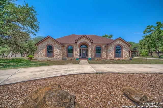 229 Legacy Trail Dr, La Vernia, TX 78121 (MLS #1526503) :: Exquisite Properties, LLC