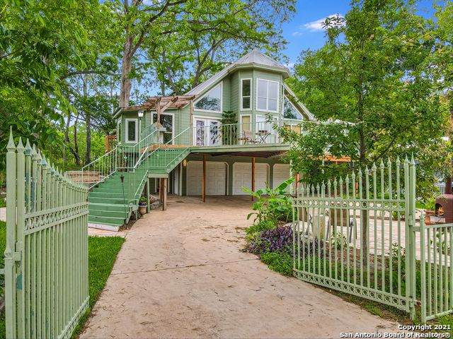 256 Satterfield Rd, New Braunfels, TX 78130 (MLS #1526522) :: The Castillo Group