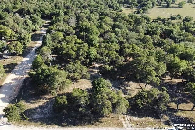 2110 Silver Mountain Dr, San Antonio, TX 78264 (MLS #1526532) :: 2Halls Property Team | Berkshire Hathaway HomeServices PenFed Realty