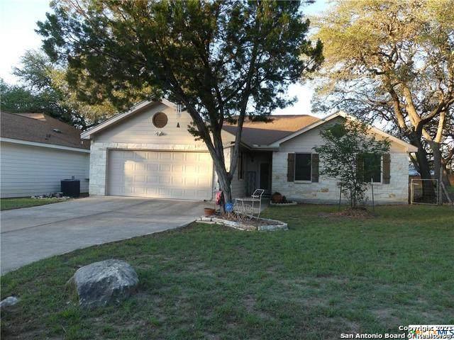 749 Lookout Dr, Canyon Lake, TX 78133 (MLS #1526570) :: Keller Williams Heritage