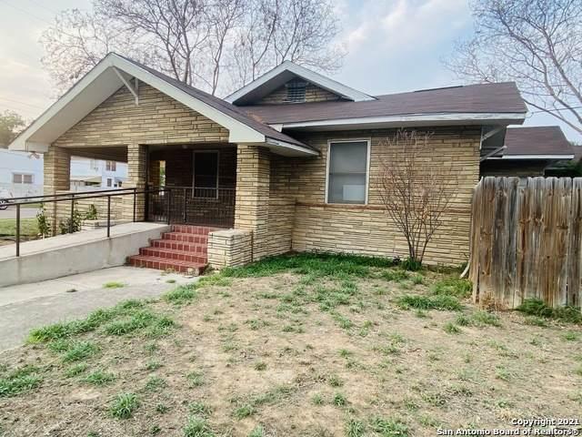 1402 Corpus Christi St, Laredo, TX 78040 (MLS #1526643) :: 2Halls Property Team | Berkshire Hathaway HomeServices PenFed Realty