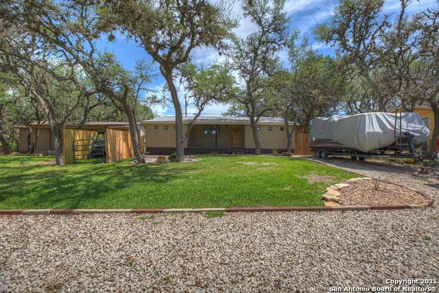 344 Flatrock Dr, Canyon Lake, TX 78133 (MLS #1526651) :: 2Halls Property Team | Berkshire Hathaway HomeServices PenFed Realty