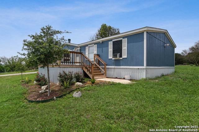453 Lakeside Pass, New Braunfels, TX 78130 (MLS #1526670) :: The Real Estate Jesus Team