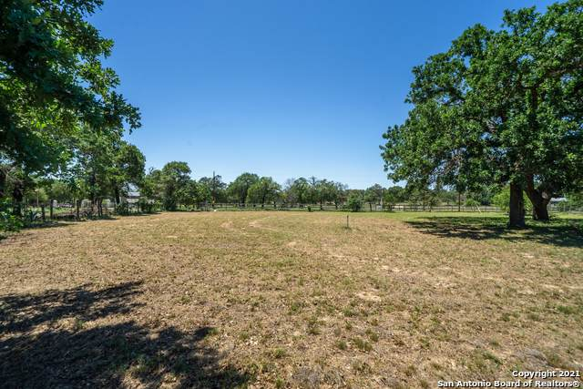 0 Enchanted Dr, Somerset, TX 78069 (MLS #1526794) :: The Glover Homes & Land Group