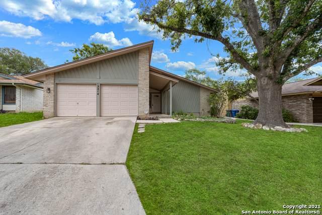 5214 Timberhurst, San Antonio, TX 78250 (MLS #1526863) :: Keller Williams Heritage