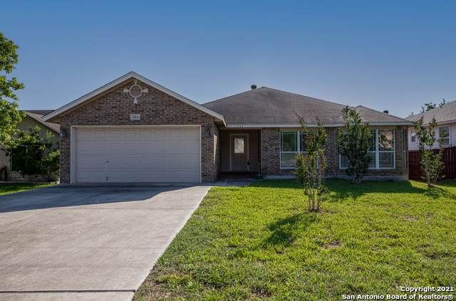 2164 Bentwood Dr, New Braunfels, TX 78130 (#1526877) :: The Perry Henderson Group at Berkshire Hathaway Texas Realty