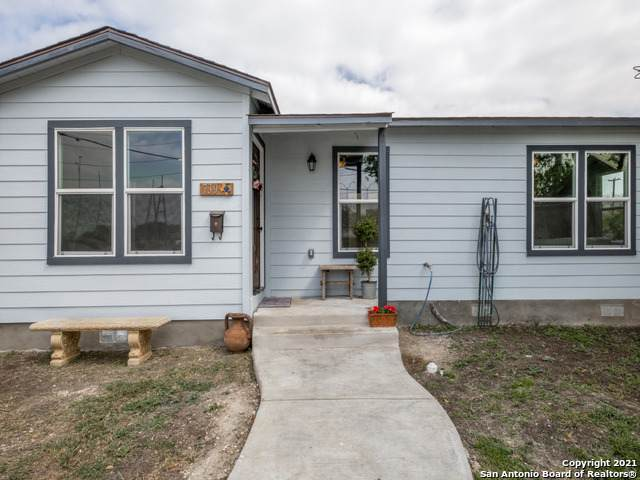 739 Avondale Ave, San Antonio, TX 78223 (MLS #1526883) :: 2Halls Property Team | Berkshire Hathaway HomeServices PenFed Realty
