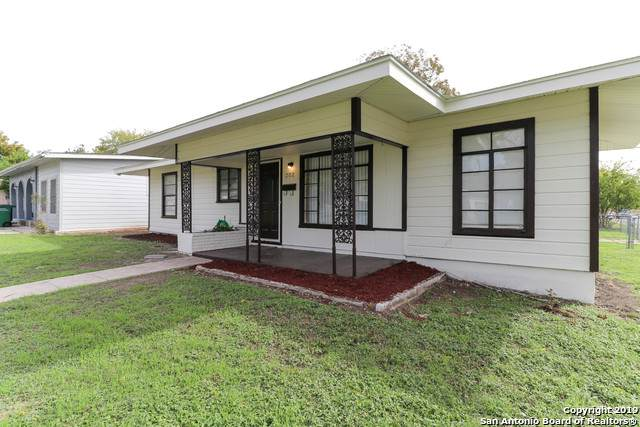 202 Hub Ave, San Antonio, TX 78220 (MLS #1526885) :: The Lugo Group