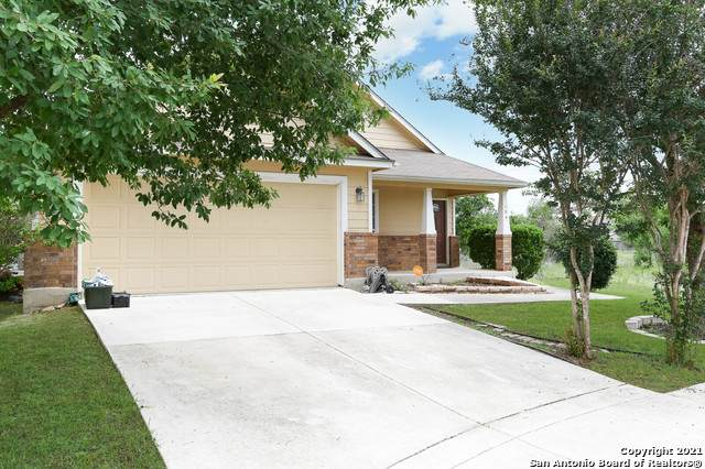 104 Dove Run, Cibolo, TX 78108 (#1526949) :: The Perry Henderson Group at Berkshire Hathaway Texas Realty