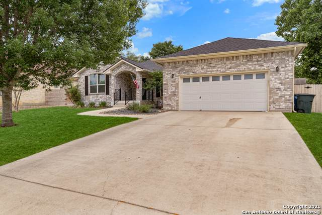 1229 Shenandoah Dr., New Braunfels, TX 78130 (#1526965) :: The Perry Henderson Group at Berkshire Hathaway Texas Realty