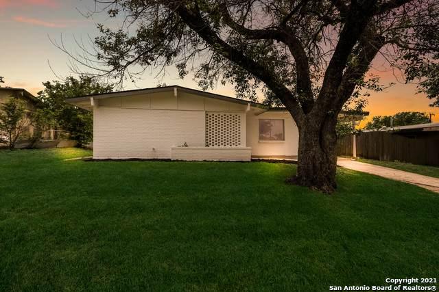 142 Morning Valley St, San Antonio, TX 78227 (MLS #1526971) :: 2Halls Property Team | Berkshire Hathaway HomeServices PenFed Realty