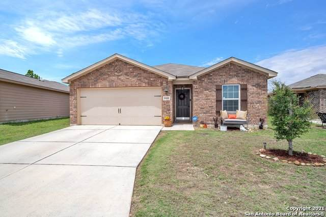 12251 Fish Hook, San Antonio, TX 78252 (MLS #1526978) :: NewHomePrograms.com