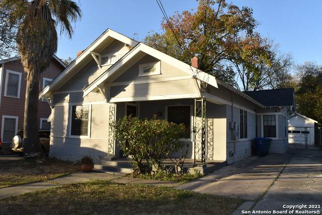 321 University Ave, San Antonio, TX 78201 (#1527019) :: The Perry Henderson Group at Berkshire Hathaway Texas Realty
