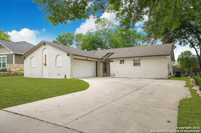 7541 Leafy Hollow Ct, Live Oak, TX 78233 (MLS #1527069) :: NewHomePrograms.com