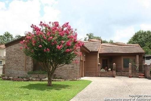 7746 Terra Manor, Fair Oaks Ranch, TX 78015 (#1527179) :: The Perry Henderson Group at Berkshire Hathaway Texas Realty