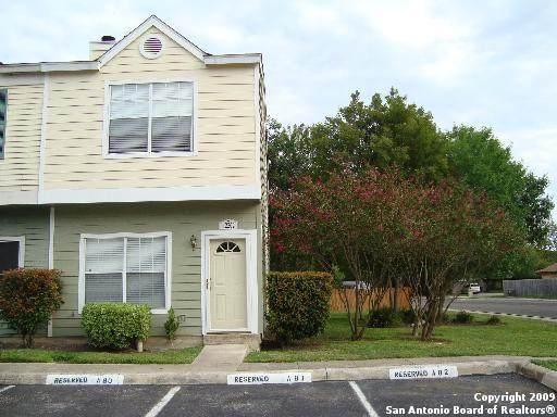 12202 Apricot Dr, San Antonio, TX 78247 (MLS #1527214) :: The Castillo Group